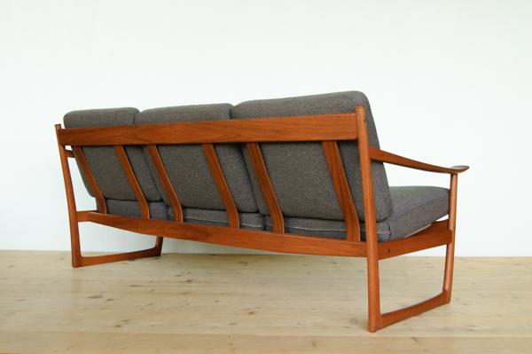 北欧家具 デンマーク ピーター・ビット&オルラ・ムルガード・ニールセンフ 3シーターソファ