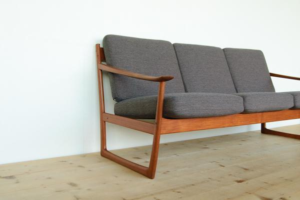 北欧家具 デンマーク ピーター・ビット&オルラ・ムルガード・ニールセン 3シーターソファ