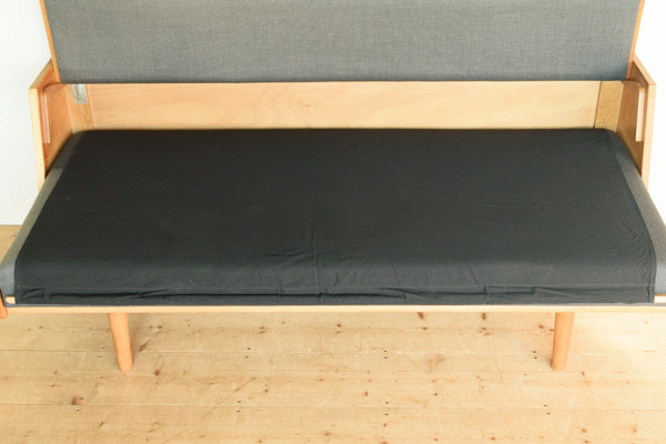北欧家具 ハンスJウェグナー デイベッド GE258