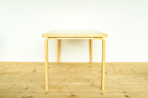 北欧家具 artek アルヴァ・アアルト テーブル