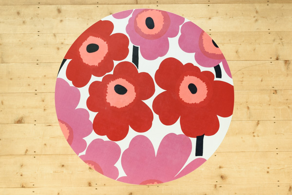 北欧家具 フィンランド製 マリメッコ marimekko unikko 円形テーブル