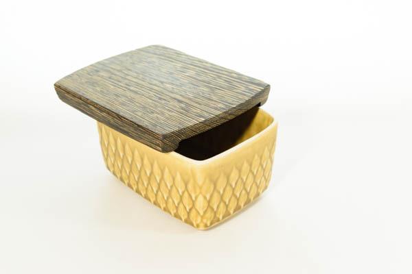 北欧食器 デンマーク イェンス・H・クイストゴー レリーフ バターケース